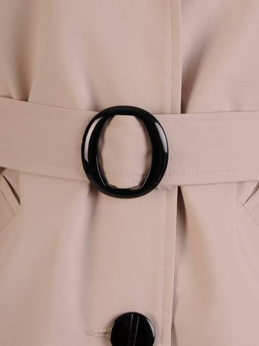 Beżowy płaszcz damski z paskiem 28336