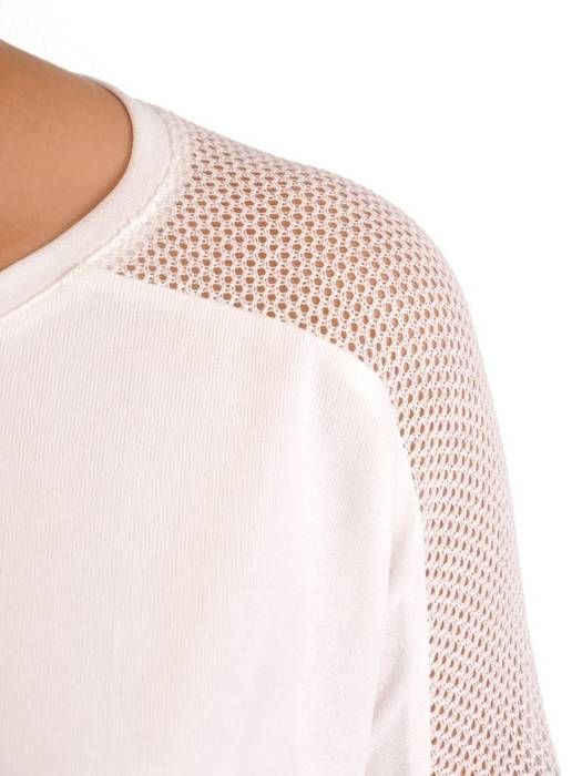Biała bluzka z ozdobnymi ażurowymi wstawkami 27864