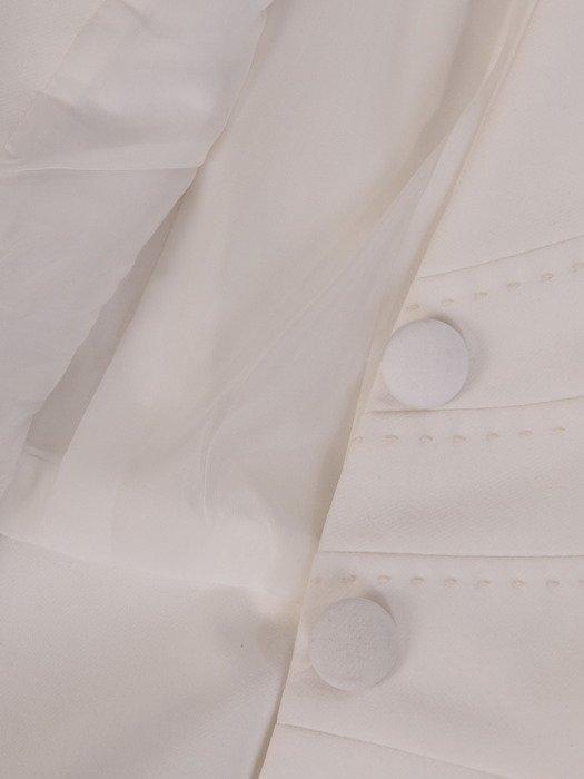 Biały żakiet z ozdobnymi guzikami Felicja