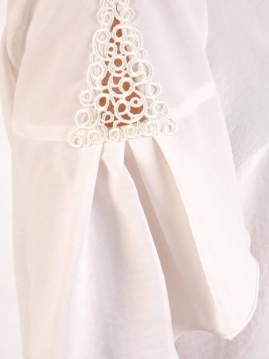 Bluzka biała z ozdobnymi rękawami 29104