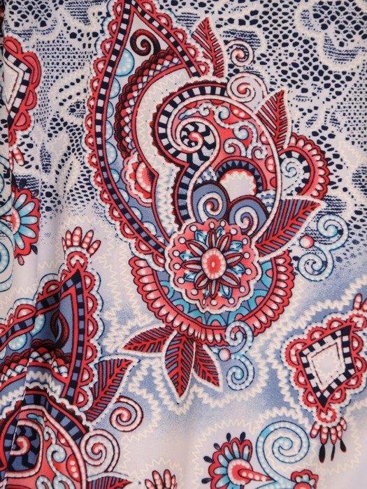 Bluzka z dzianiny z ozdobnym dekoltem 26202