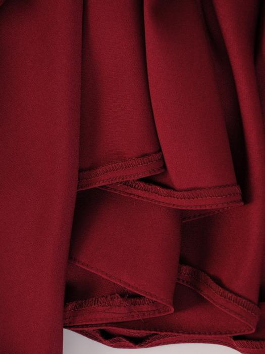 Bordowa sukienka maxi z błyszczącą aplikacją w talii 22766