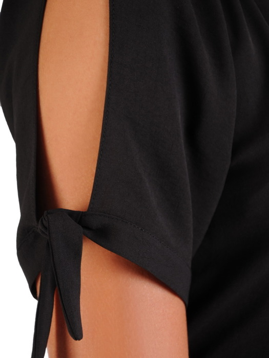 Czarna sukienka, letnia kreacja z falbanami 21739.