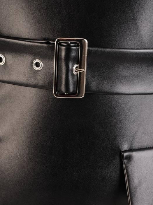 Czarna sukienka z paskiem, połyskująca kreacja z modnymi rękawami 27772