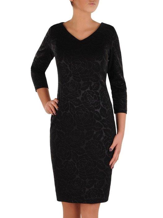 Czarna sukienka z wytłaczanym wzorem, prosta kreacja wizytowa 18799