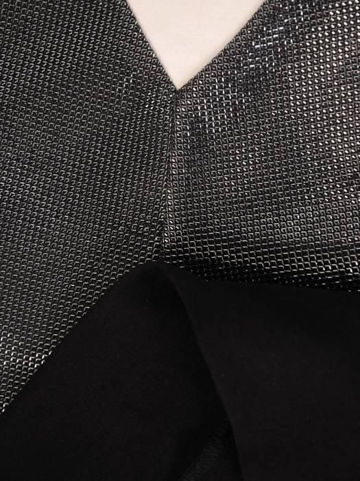 Czarny komplet dresowy z ozdobną bluzą 28711