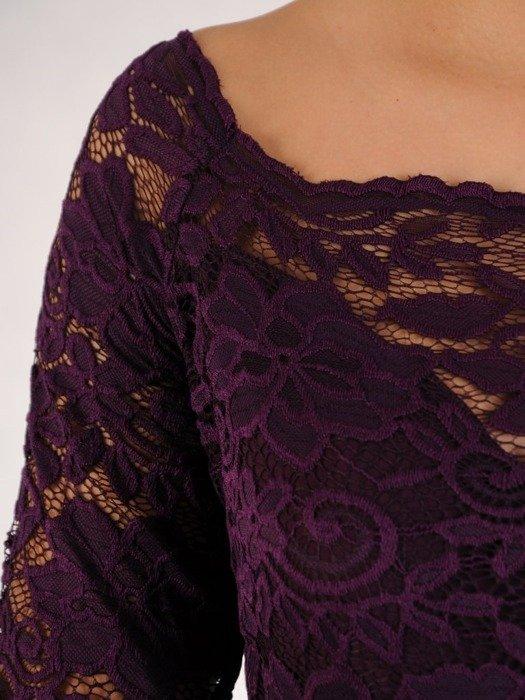Długa sukienka z koronkowym topem, kreacja z modnym dekoltem 22911