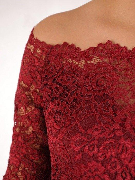 Długa sukienka z koronkowym topem, kreacja z modnym dekoltem 22920