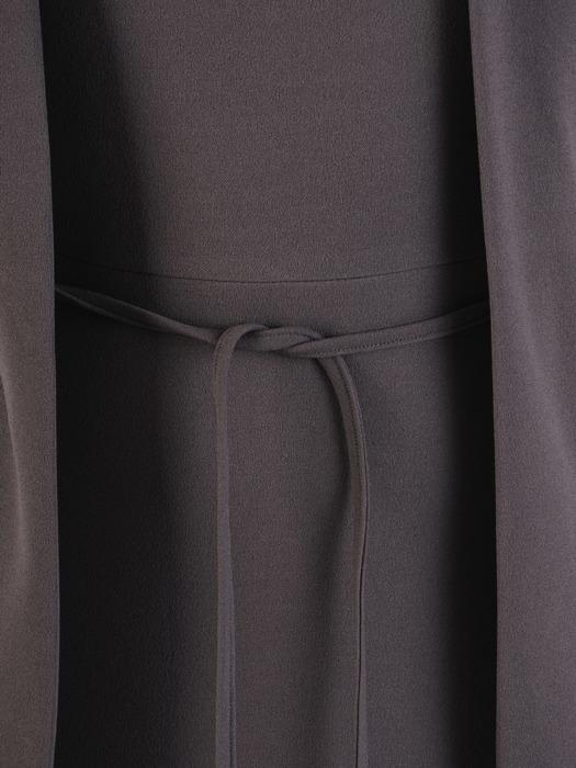 Dzianinowa sukienka z elegancką imitacją żakietu 22079