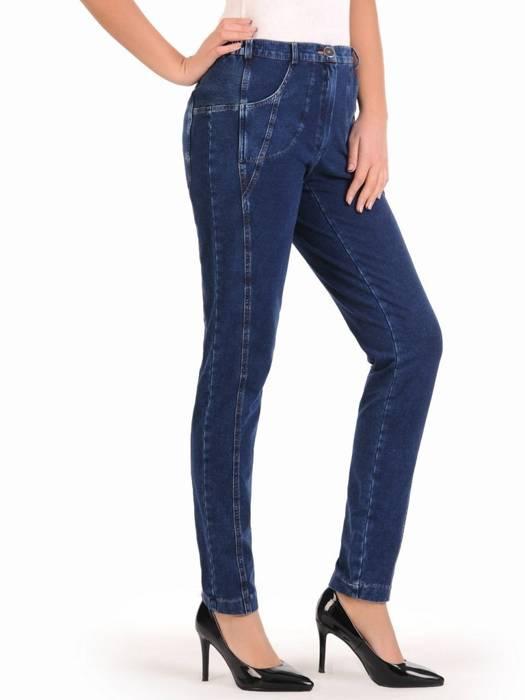 Dżinsowe spodnie damskie z przeszyciami 28095