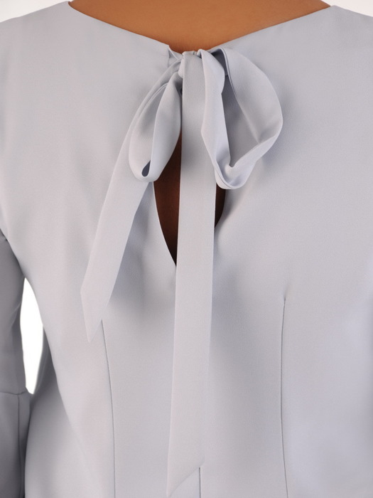 Elegancka sukienka ze zwiewnymi rękawami, popielata kreacja wizytowa 21091