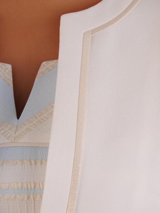 Elegancki kostium na wesele, komplet z pasiastą sukienką 21074
