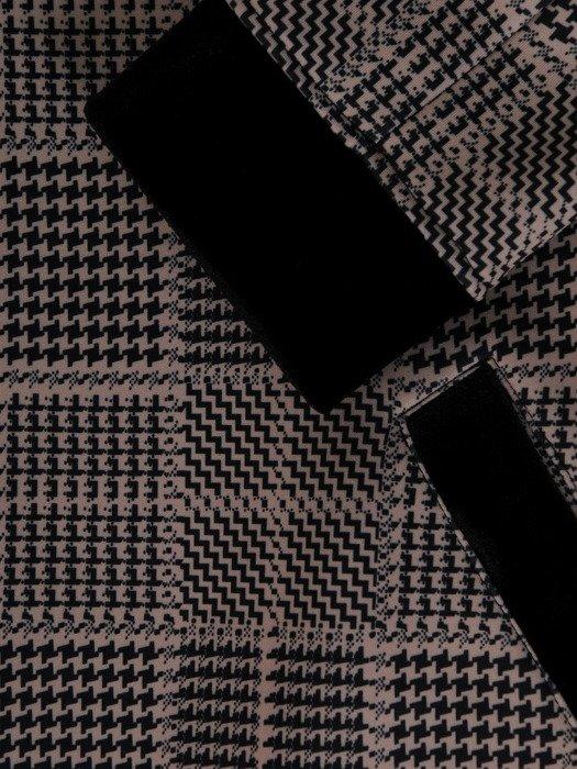 Elegancki płaszcz w modną pepitkę 19358