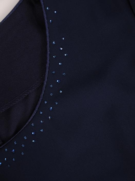 Granatowa sukienka z szyfonu, luźna kreacja z modnymi rękawami 21835