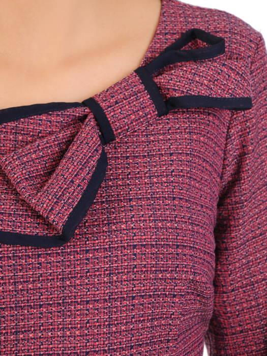 Jesienna sukienka z ozdobną kokardą przy dekolcie 30694