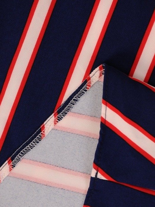 Kopertowa sukienka w wyszczuplającym wzorze 23010