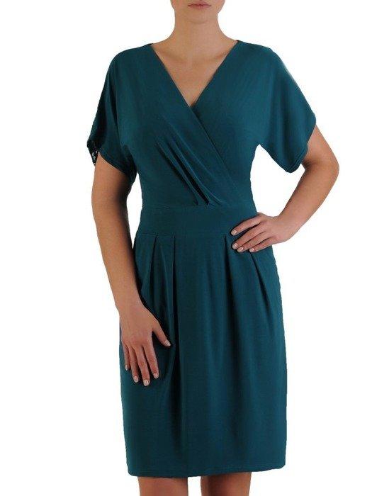 Kopertowa sukienka z ozdobnym, koronkowym karczkiem na plecach 24405