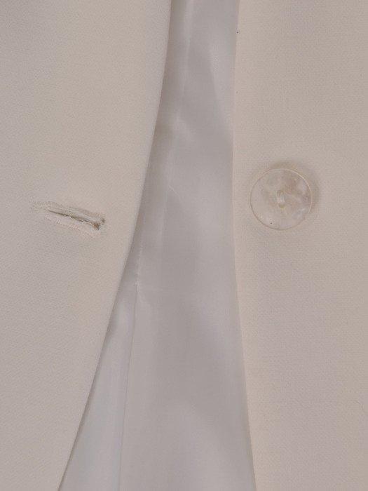 Krótki żakiet zapinany na guzik 19038