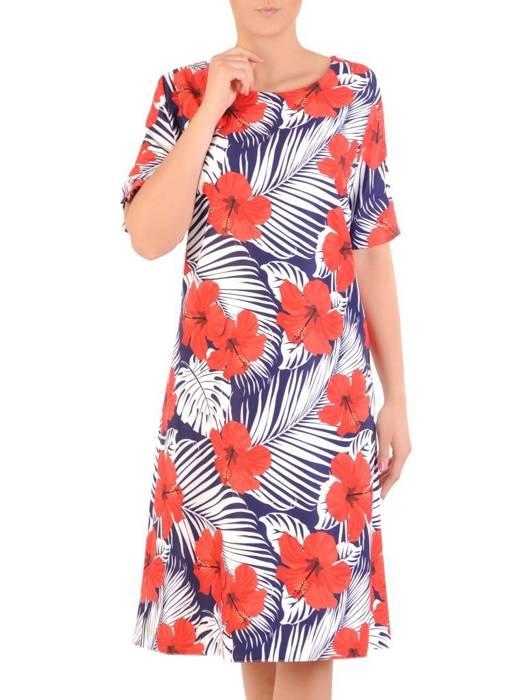 Luźna sukienka w kwiaty, kreacja z ozdobnie wyciętym dekoltem na plecach 30026