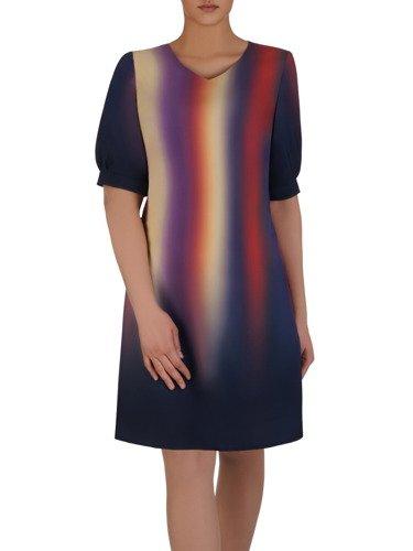 Modna sukienka z cieniowanej tkaniny 15205, kreacja w luźnym fasonie.