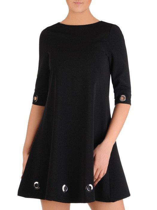 Modna sukienka z ozdobnymi, metalowymi kółeczkami 19161
