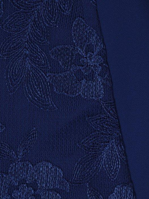 Modna sukienka z wyszczuplającą, koronkową wstawką 18631.