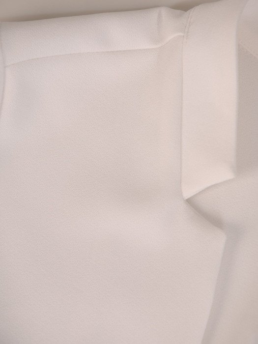 Modny kostium z kontrastowym żakietem 20168