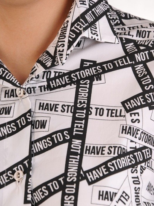 Nowoczesna bluzka z napisami 25777
