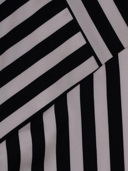 Nowoczesna sukienka w paski, wyszczuplająca kreacja z tkaniny 19595