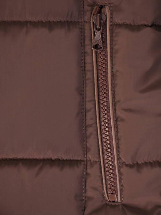 Ocieplana kurtka z pikowanej tkaniny z kapturem 30671