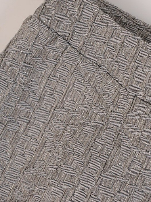 Ołówkowa spódnica z tkaniny żakardowej 24089