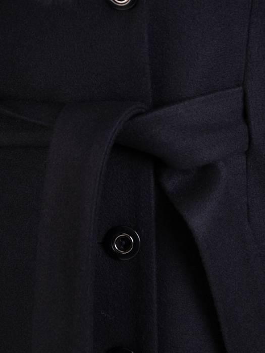 Płaszcz granatowy z futrzaną etolą i wiązanym paskiem 27789