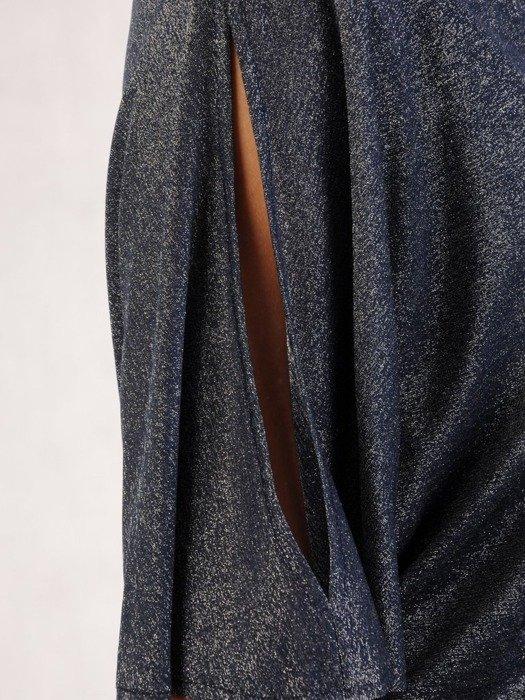 Połyskująca sukienka z luźnym topem, kreacja maskująca brzuch 23687