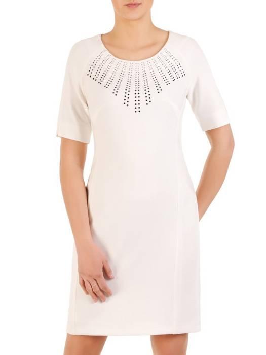 Prosta sukienka z ozdobną, kontrastową aplikacją 29853