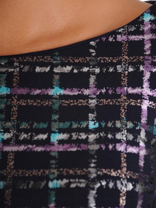 Rozkloszowana sukienka z kontrafałdami, kreacja z połyskującym wzorem 23139
