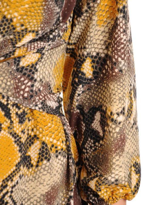 Rozkloszowana sukienka z ozdobną zakładką pod biustem 31074