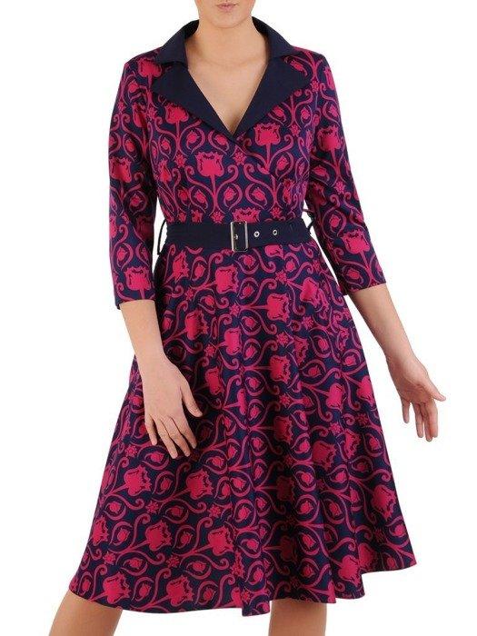 Rozkloszowana sukienka z paskiem, modna kreacja z kołnierzem 25252
