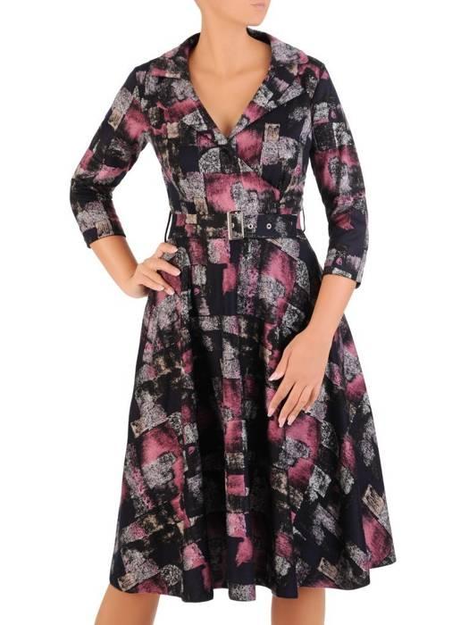 Rozkloszowana sukienka z paskiem, modna kreacja z kołnierzem 27042