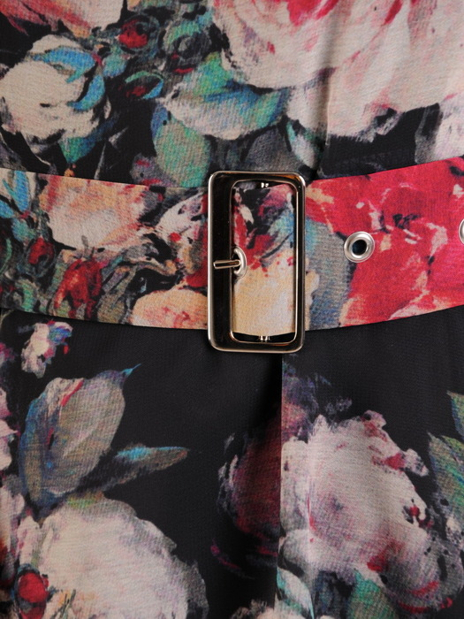 Rozkloszowana sukienka z szyfonu, kwiatowa kreacja z paskiem 23232