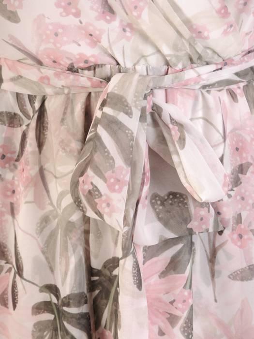 Rozkloszowana sukienka ze zwiewnego szyfonu 30041
