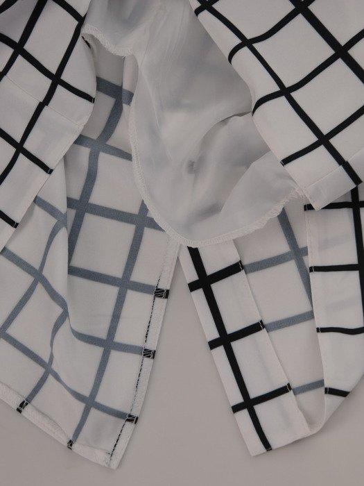 Sukienka damska 16967, wyszczuplająca kreacja w geometrycznym wzorze.