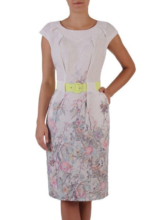 Sukienka damska 17019, wyjściowa kreacja z paskiem podkreślającym talię.