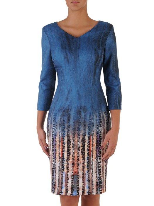 Sukienka damska 18120, jesienna kreacja w wyszczuplającym wzorze.