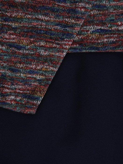 Sukienka damska 18775, kopertowa kreacja z łączonych materiałów.