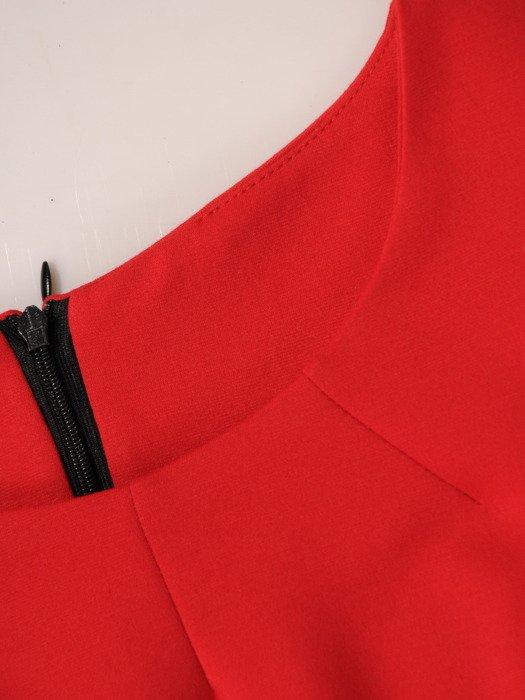 Sukienka damska Dagna III, jesienna kreacja w wyszczuplającym fasonie.