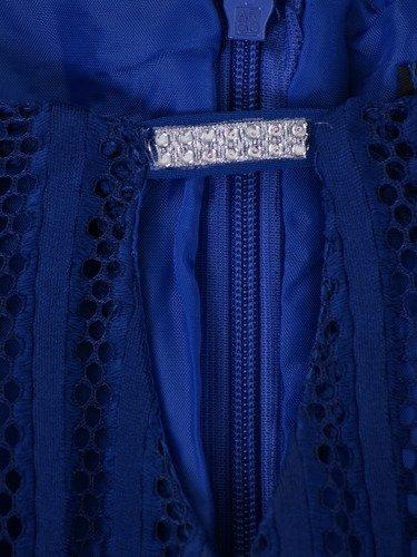Sukienka damska Dalila II, chabrowa kreacja z koronki.
