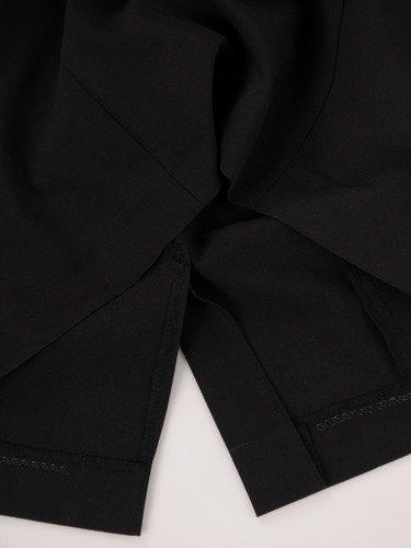 Sukienka damska Jolanta VIII, czarna kreacja z modną baskinką.