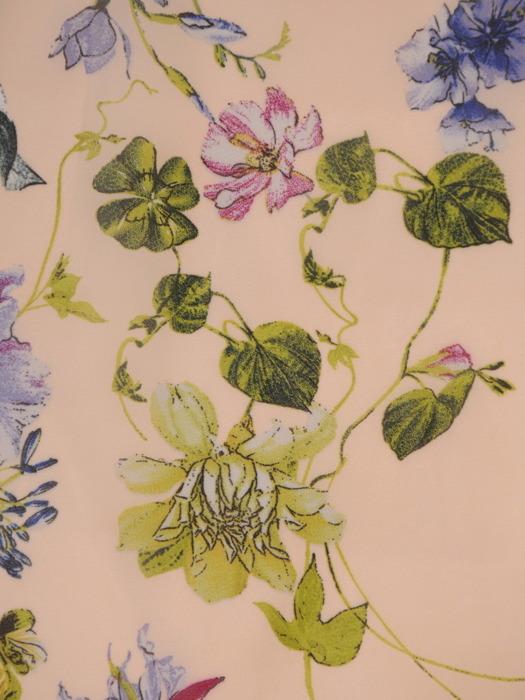 Sukienka koktajlowa, zwiewna kreacja w kwiaty 20725.
