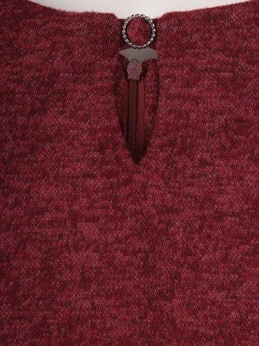 Sukienka maskująca brzuch Kendal XII, nowoczesna kreacja z wyszczuplającym marszczeniem.