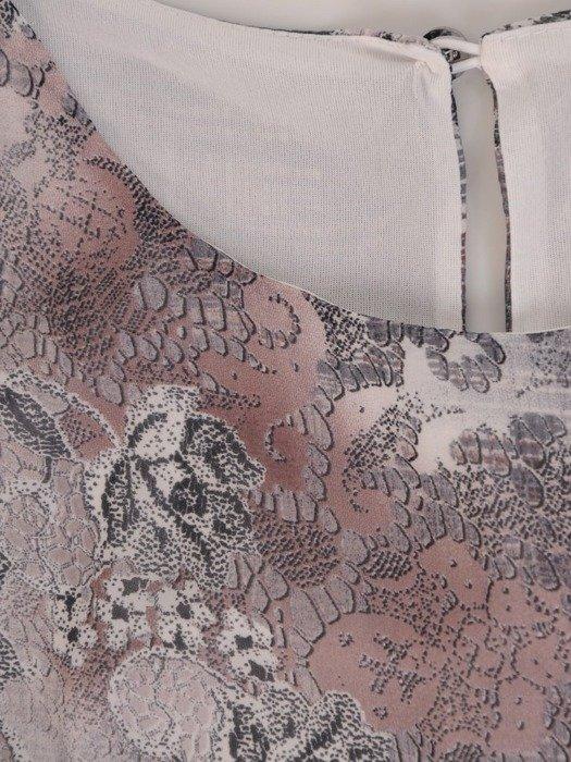 Sukienka wiosenna, zwiewna kreacja z ozdobną falbaną 25429